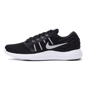 Nike耐克  2017新款男子轻便耐磨运动跑步鞋  844591-001