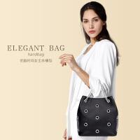 贝尔女士水桶包女包时尚镂空真皮单肩包欧美链条斜挎包青年手提包
